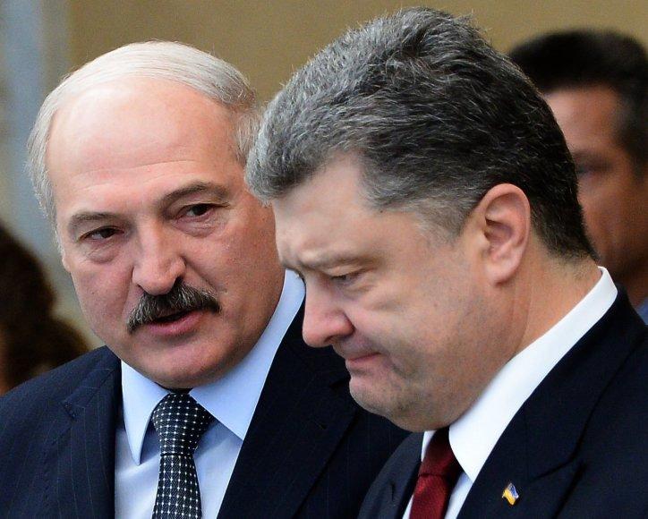 Ukrainos prezidentas Petro Porošenka ir Baltarusijos prezidentas Aleksandras Lukašenka