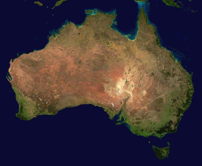 Nežinomas Australijos veidas: nuo nuodingiausios gyvatės iki tiesiausio pasaulyje kelio