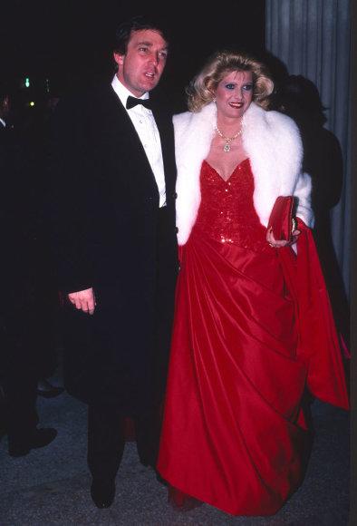Vida Press nuotr./Donaldas Trumpas ir Ivana Trump (1986 m.)