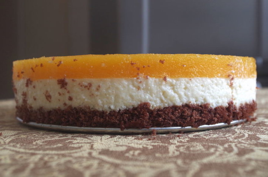 Persikų tortas su varške