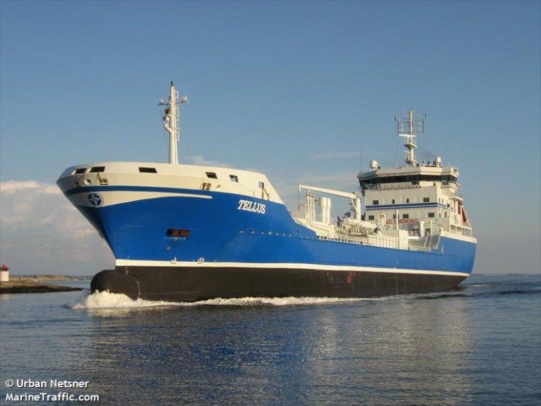 """Tanklaivis """"TELLUS"""" į Klaipėdą atgabeno skandinaviškų degalų."""
