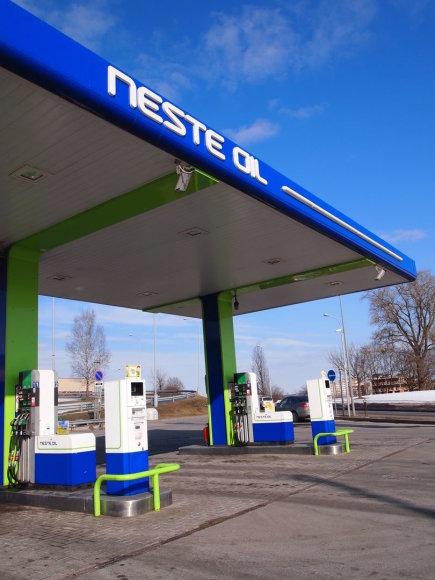 """""""Neste Oil"""" automatinė degalinė"""