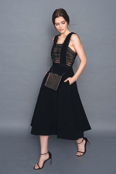 """""""Rent Boutique"""" nuotr./Mados prekių nuomos projekto """"Rent Boutique"""" suknelė ir basutės"""
