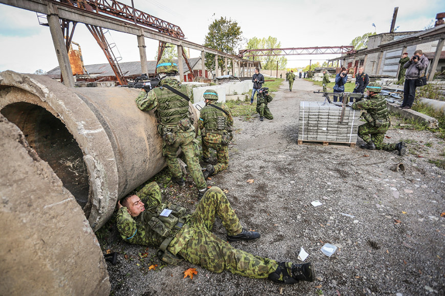 Šilalės mieste ir apylinkėse vyksta taktinės karinės ir ekstremalių situacijų valdymo ginkluoto konflikto metu pratybos.