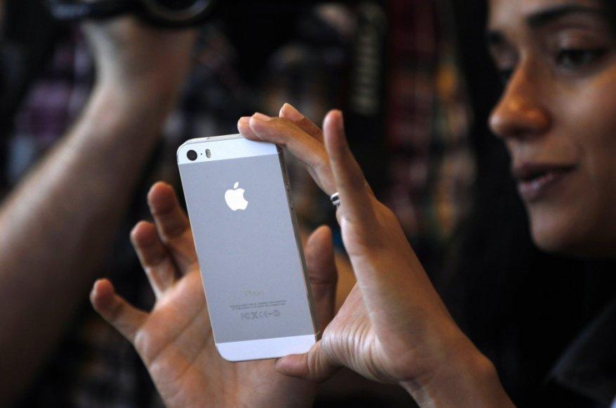 """iPhone 5S"""