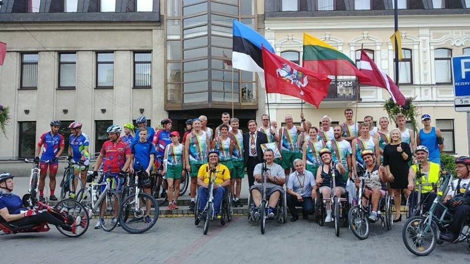 Neįgalieji ruošiasi žygiui Baltijos keliu