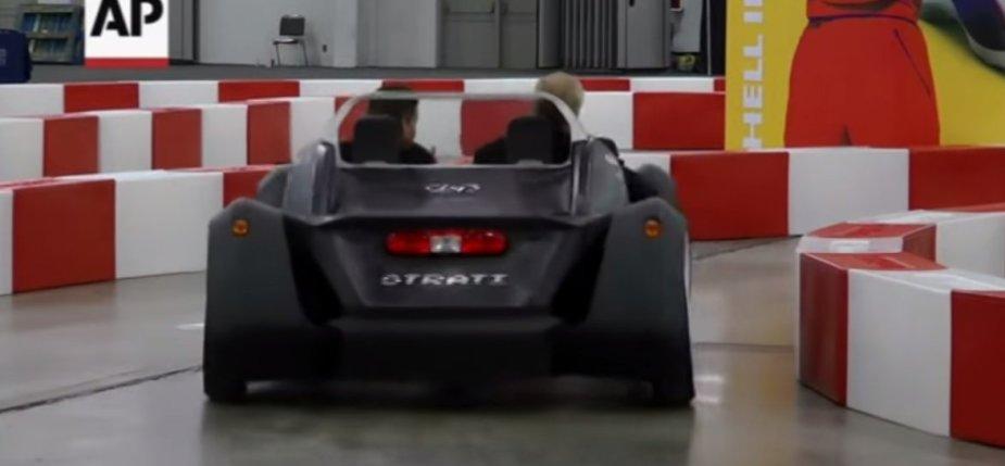 3D spausdintuvu pagamintas automobilis