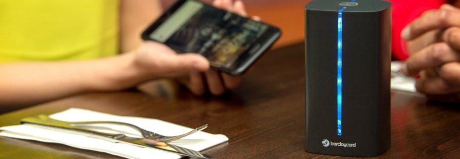 """""""Barclaycard"""" testuoja naują mokėjimų paslaugą restorane"""