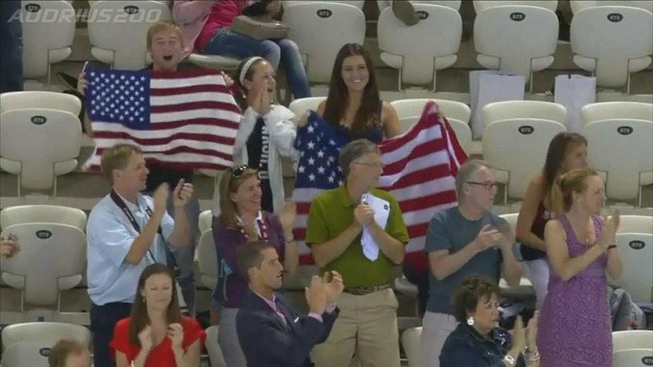 Bilas Gatesas stebėjo ir Rūtos Meilutytės apdovanojimą Londono olimpiniame baseine