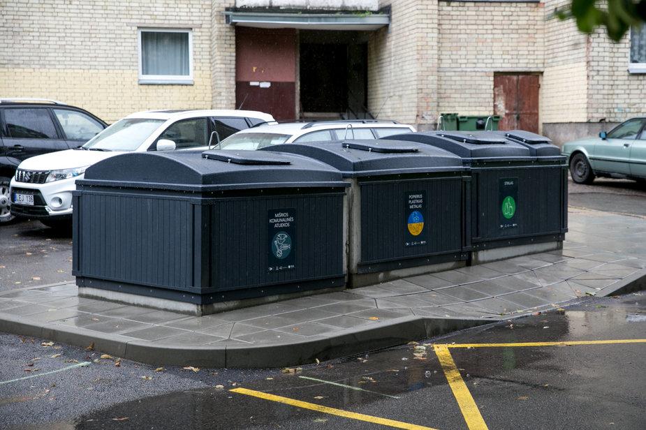 Juliaus Kalinsko / 15min nuotr./Atliekų konteineriai Vilniuje