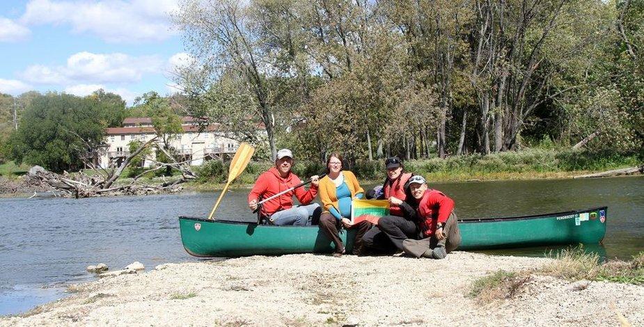 Su kanojos savininkais ir didžiais keliautojais Žilvinu ir Diana