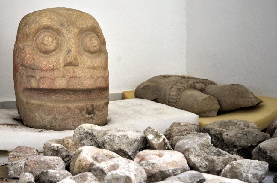 Šipetoteko skulptūros