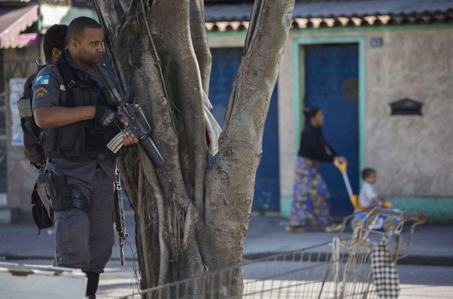 Rio de Žaneire po 11 žmonių žūties policija pradėjo didelę operaciją viename lūšnyne