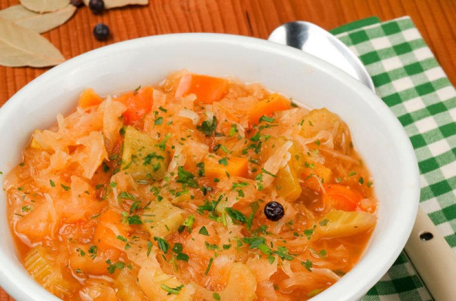 Kopūstų sriuba.
