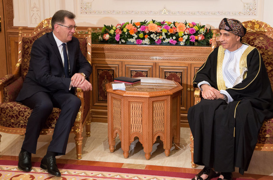 Dvišalio LR Ministro Pirmininko A. Butkevičiaus ir Omano Sultonato Ministrų Tarybos vicepremjeru Jo Aukštybe Sayyid Fahad Mahmoud AL-SAID, bei jų delegacijų susitikimas