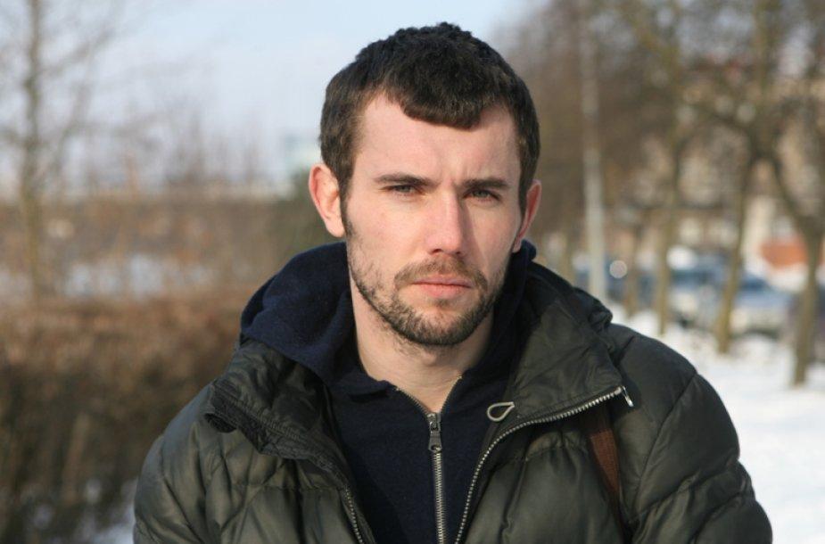 Filmuojant Čečėnijoje režisieriui M.Kvedaravičiui pačiam teko susidurti su vietine teisėsauga, jis prisipažino nesyk jautęs pavojų.