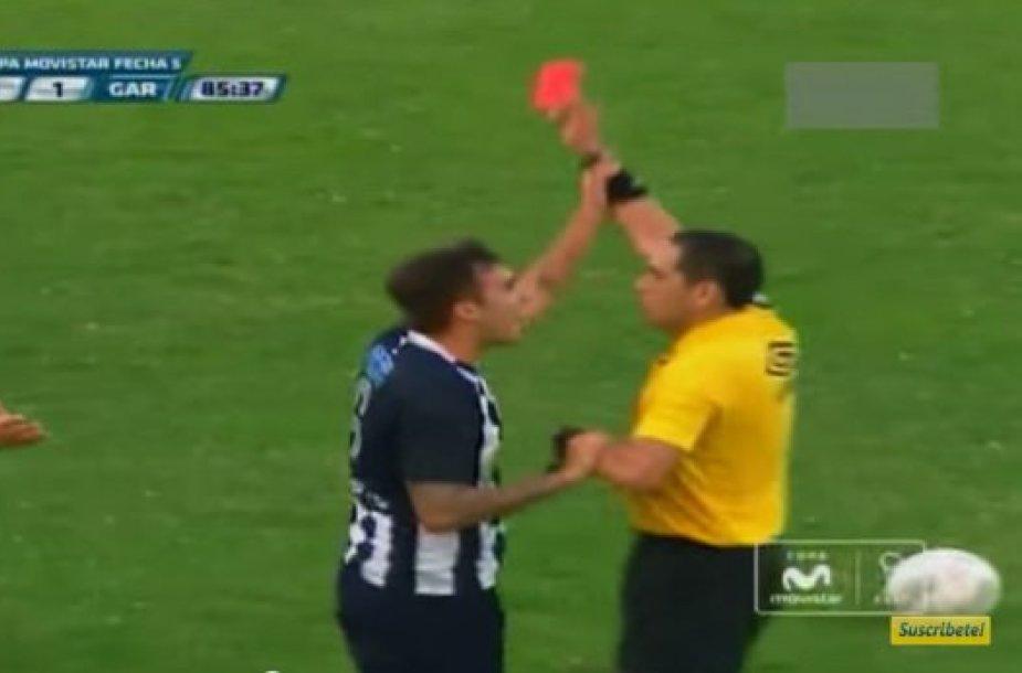 Romano Blanco raudona kortelė