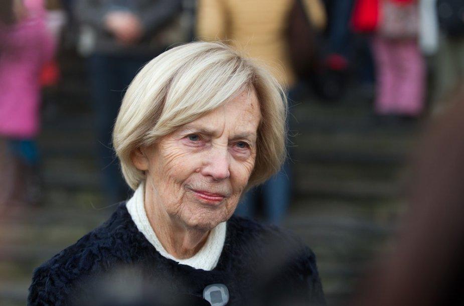 Alma Adamkienė