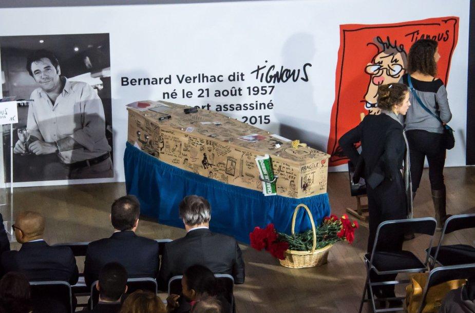 """Bernardas Verlhacas (Tignous), """"Charlie Hebdo"""" karikatūrų kūrėjas, bus palaidotas ornamentais ir karikatūromis puoštame karste"""