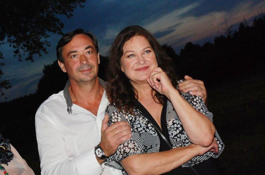 Birutė Petrikytė su vyru Igoriu Karžickiu