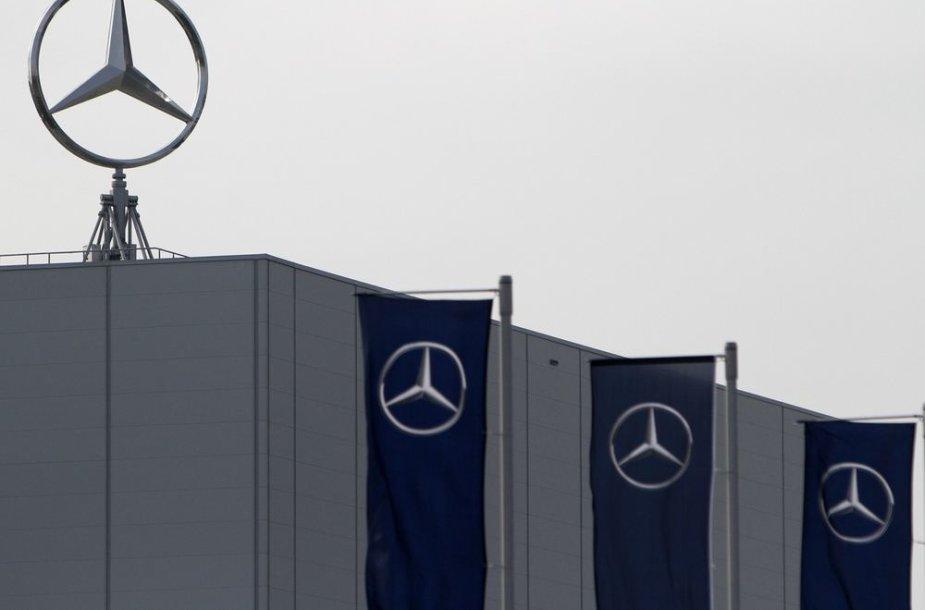 """Mercedes-Benz"" gamykla"