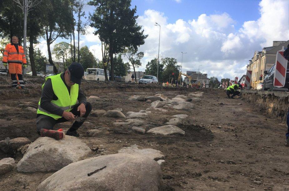 Archeologiniai kasinėjimai Kretingoje, Vytauto gatvėje, leido istorikams ir krašto tyrinėtojams pamatyti, kokia buvo Kretinga XVII-XIX amžiais