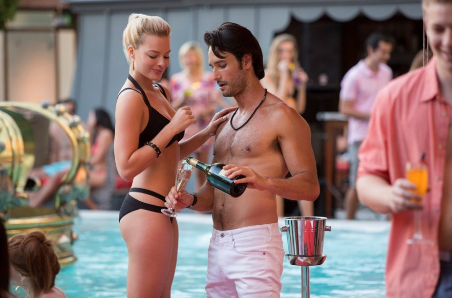 "Margot Robbie ir Rodrigo Santoro filme ""Susikaupk"""