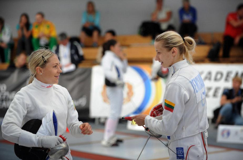 Laura Asadauskaitė ir Gintarė Venčkauskaitė