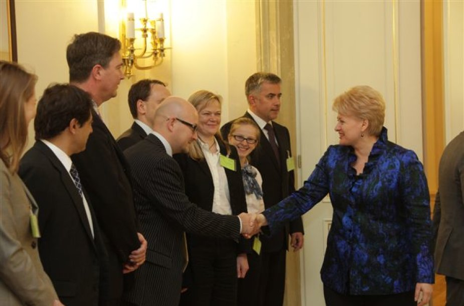 Dalia Grybauskaitė susitikime su Investuotojų forumo nariais.