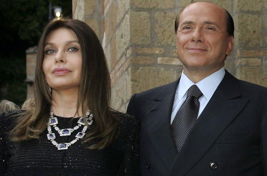 Silvio Berlusconi su buvusia žmona Veronica Lario