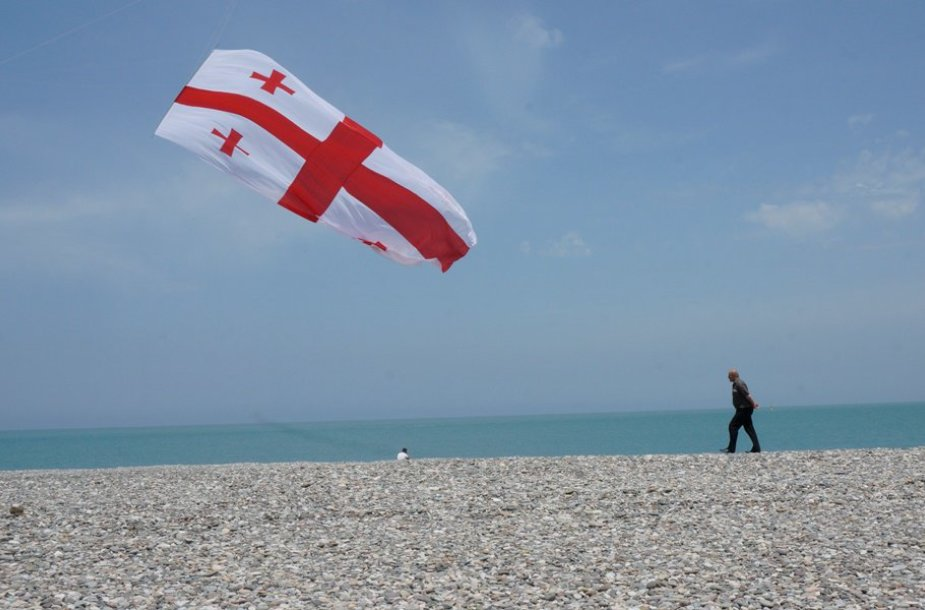 Batumyje į dangų pakelta Gruzijos vėliava