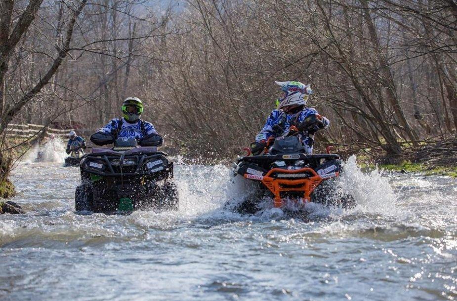 """""""ATV fanai Racing Team"""" Rumunijoje"""