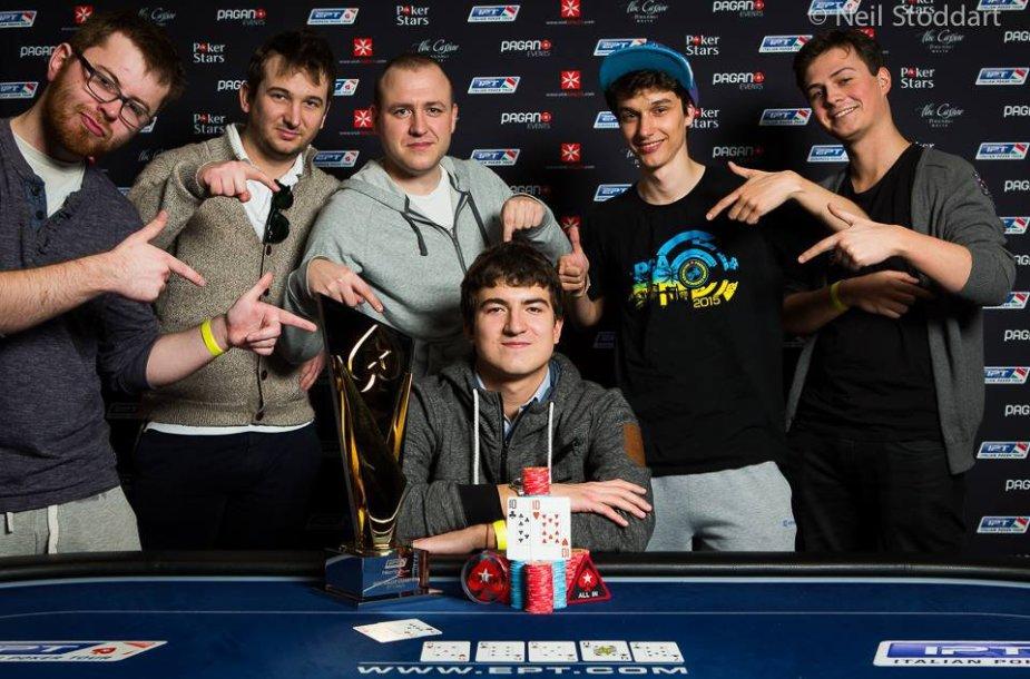 Dzimitry Urbanovichius su draugais / PokerStars.net nuotr.