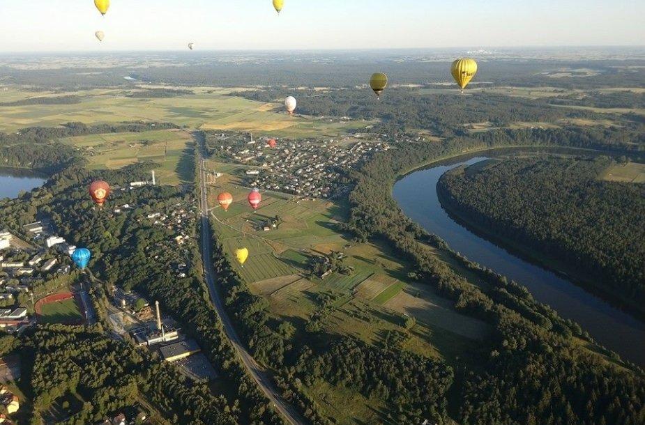 Žvilgsnis į Birštoną iš oro baliono