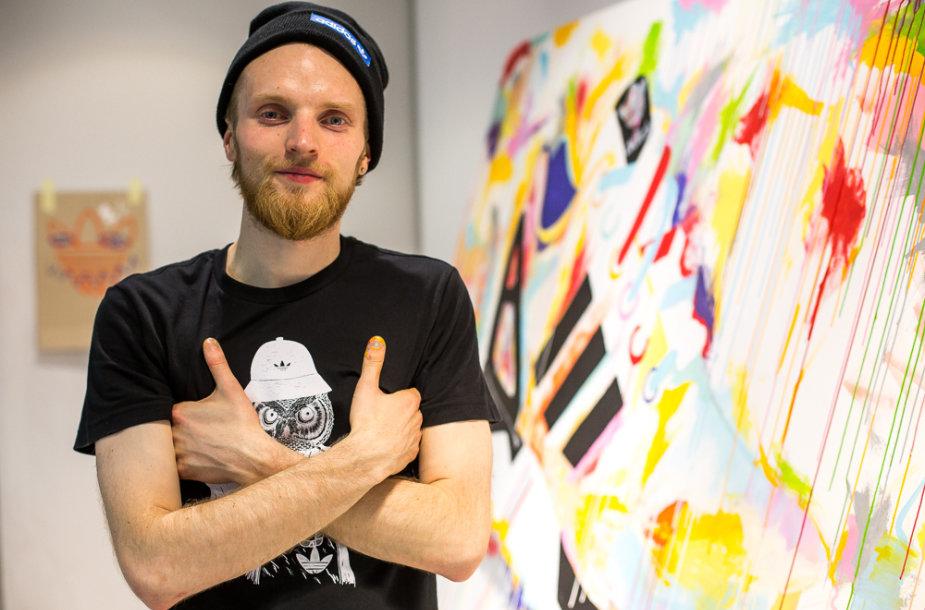 """Menininkas Gabrielis Žvirblis sukūrė unikalų """"adidas"""" ZX FLUX batelio modelį. """"adidas"""" nuotr."""