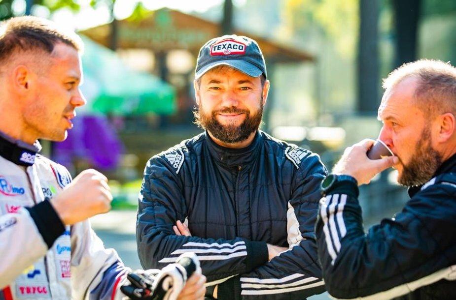 (iš kairės: Vaidotas Žala, Mindaugas Varža, Egidijus Valeiša)