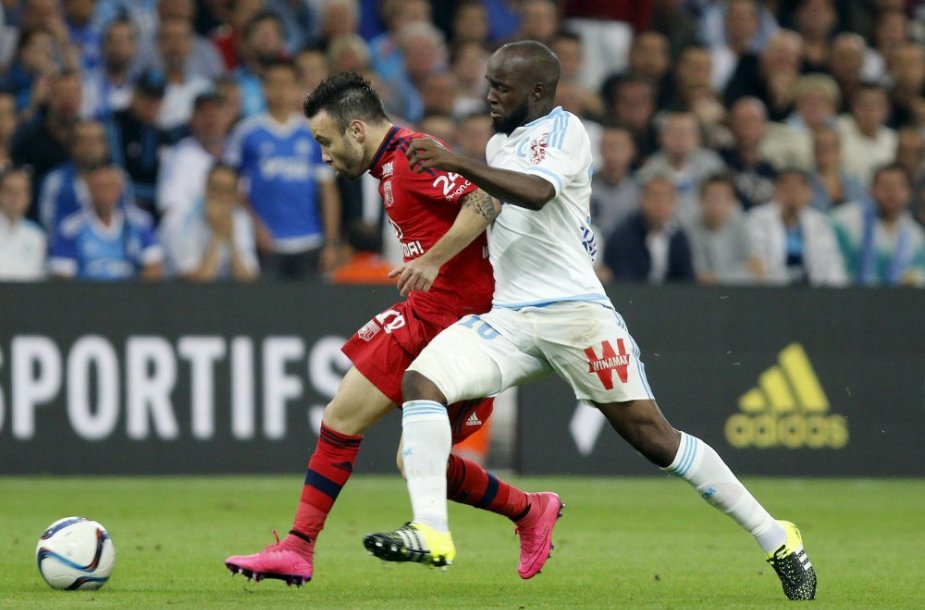 Lassana Diarra stabdo Mathieu Valbueną