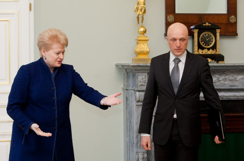 Dalia Grybauskaitė susitiko su Specialiųjų tyrimų tarnybos vadovu Sauliumi Urbanavičiumi