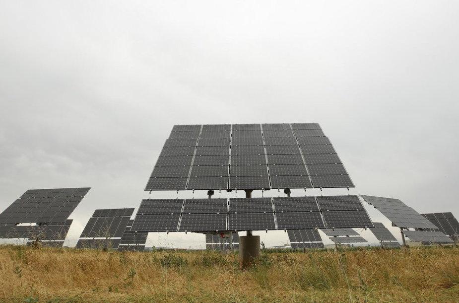 Saulės elementų modulis vienoje Ispanijos fermoje