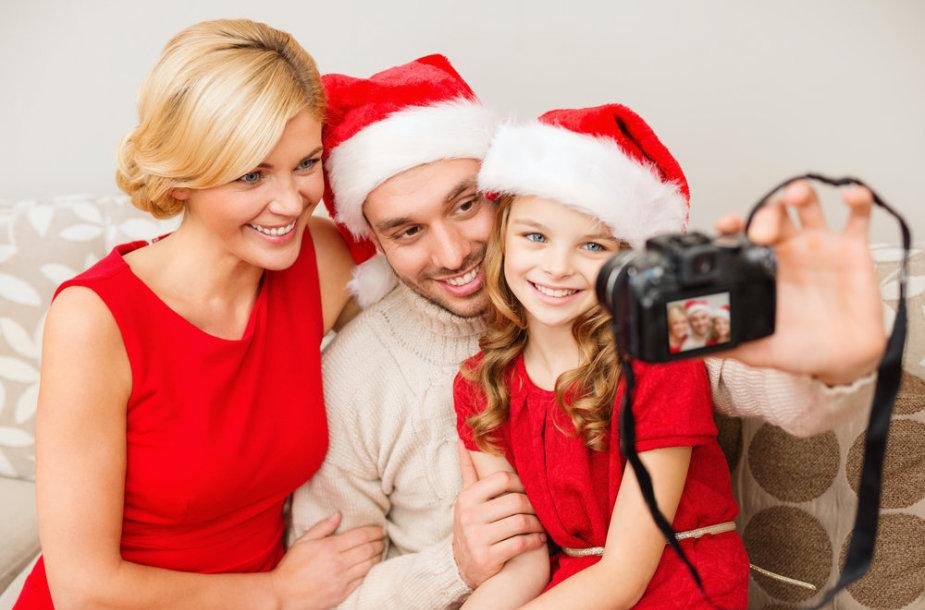 Kalėdinė šeimos nuotrauka