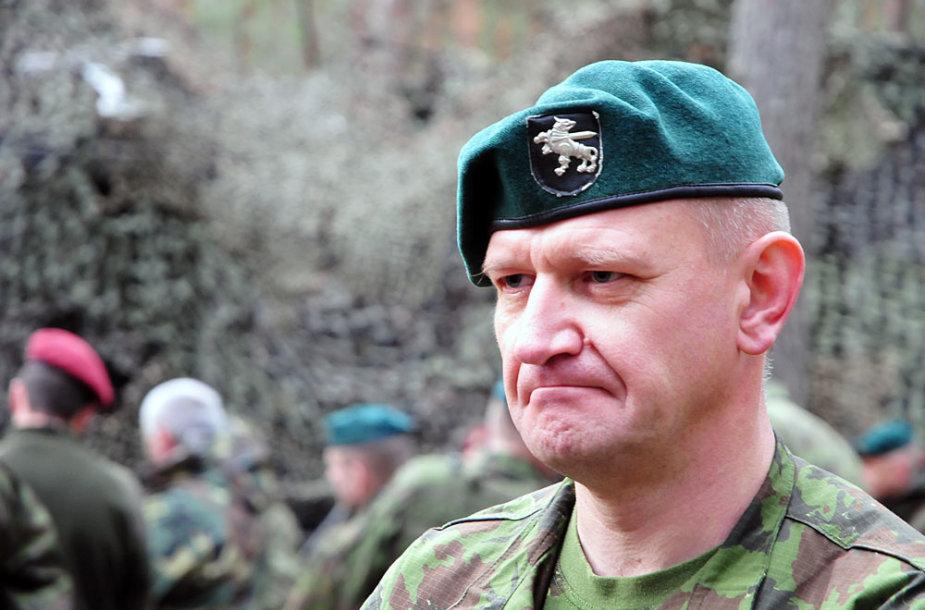 Pratybas stebėjo ir Sausumos pajėgų vadas generolas majoras Almantas Leika