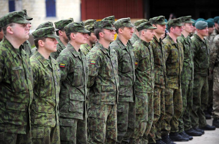 Apie 120 Lietuvos karių kartu su Jungtinės Karalystės, Latvijos, Švedijos ir Nyderlandų kariais pasirengę budėti Europos Sąjungos kovinėje grupėje antrąjį šių metų pusmetį.