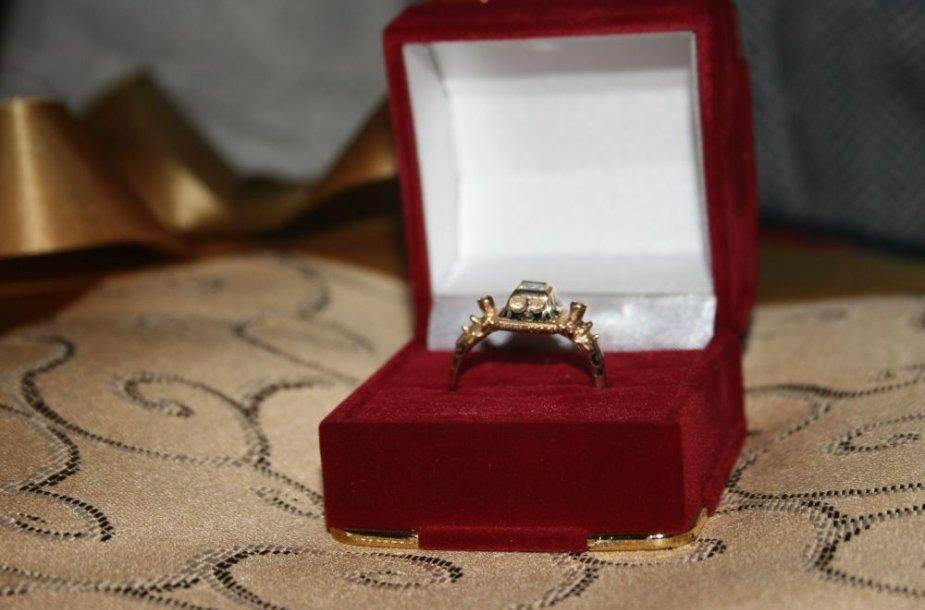 Kultūros magistrams atitenka aukso žiedas.