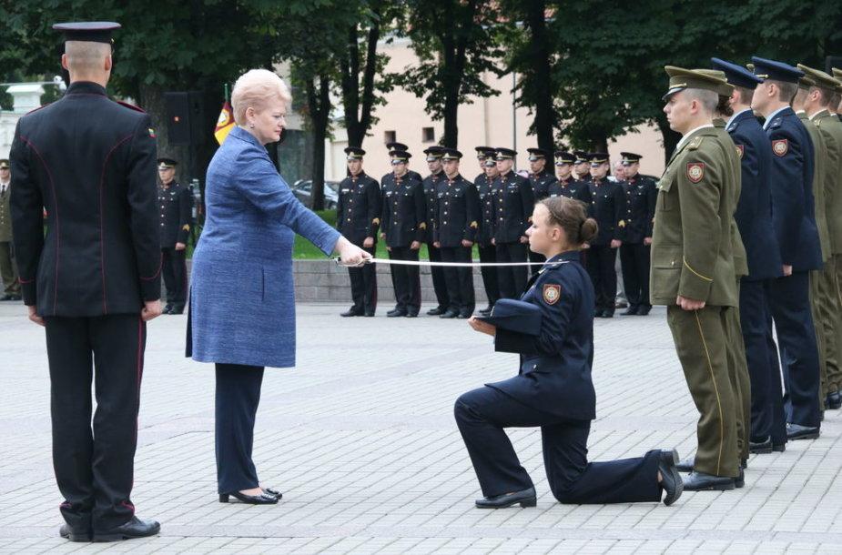 Karininkai prisiekė Lietuvai.