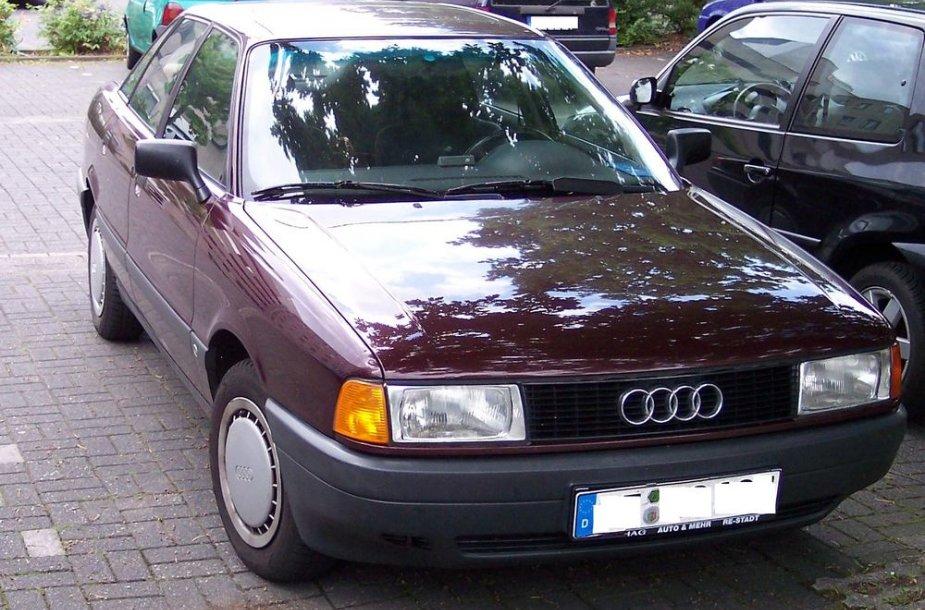 """Audi 80"""