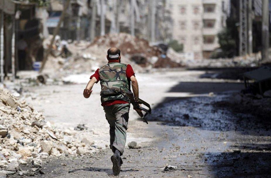 Sirijos laisvosios armijos kovotojas Alepo mieste
