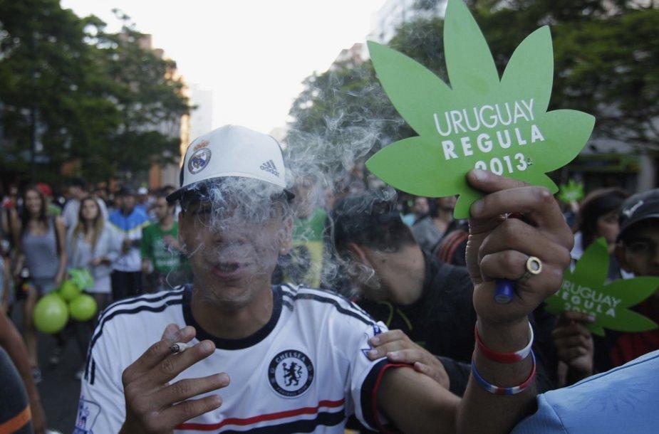 Urugvajus legalizavo marihuanos prekybą.