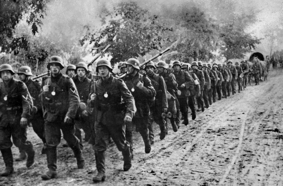 Vokietijos kariuomenė kerta Lenkijos sieną 1939 m.