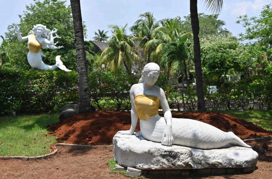 """""""Ancol Dreamland"""" parko skulptūros"""