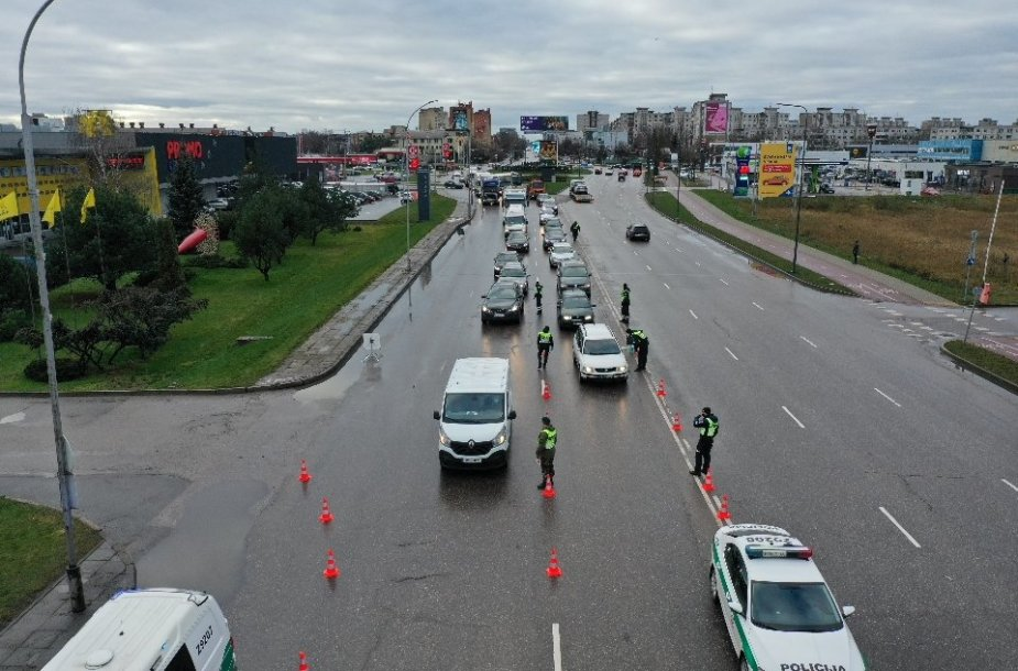 Kauno policijos darbas blokpostuose